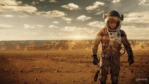 The Martian, Mars'te hayatta kalma mücadelesi veren astronota odaklanır.