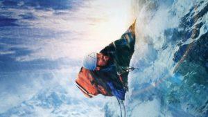 Touching the Void, doğaya karşı verilen mücadele temalı filmler içerisinde öne çıkar.
