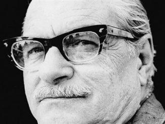 Sağırdere, Kemal Tahir'in ilk eseri ve Türk romanının önemli bir yapı taşıdır.
